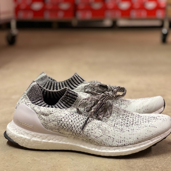 ADIDAS Ultra Boost Uncaged White Sz 8.5 Women Running Shoes